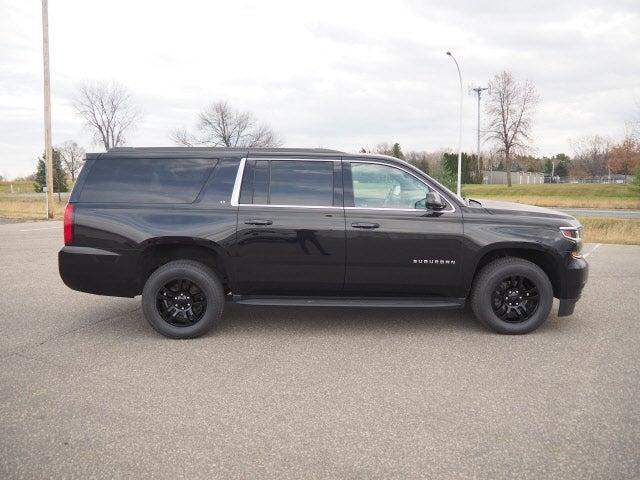 Used 2019 Chevrolet Suburban LT with VIN 1GNSKHKC0KR175282 for sale in Hastings, Minnesota